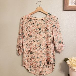 Floral 1/4 sleeve blouse